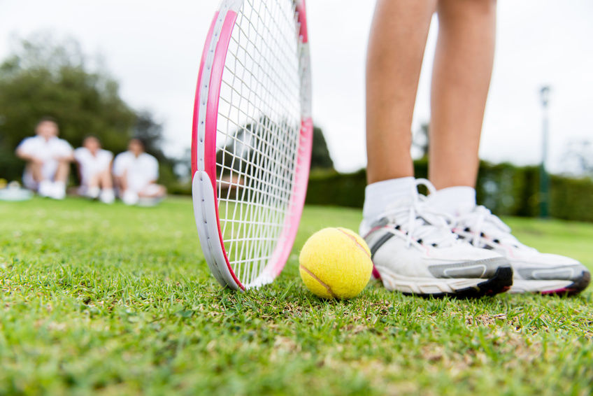 The Benefits of Playing Lawn Tennis and Table Tennis